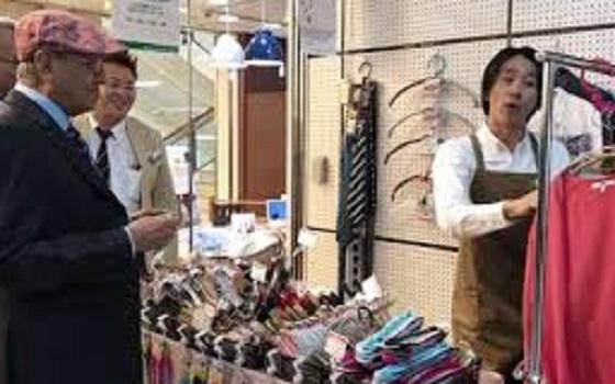 マレーシアのマハティール首相が感動した日本の実演販売【動画あり】