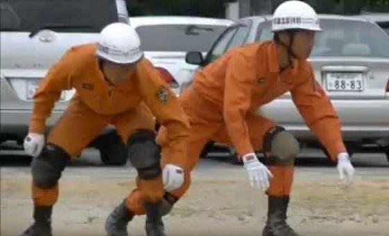 日本の消防士による訓練動画が、「まるでNINJAだ!」と世界中から大絶賛!!