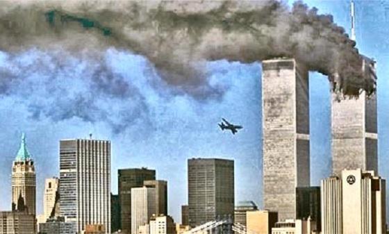 9 11アメリカ同時多発テロ で行き場を失った何千人もの乗客を