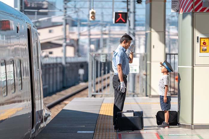 """新幹線好きの子どもへの""""JRの運転手の神対応""""に感動!!"""