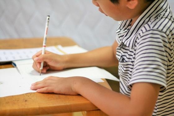 """小2で学習する""""おつりはいくら?""""がわからない子が急増している理由に..."""