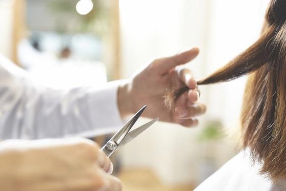 """ある美容師さんが東北大震災後から10年間、地震への備えとして続けている""""日課""""とは!!"""