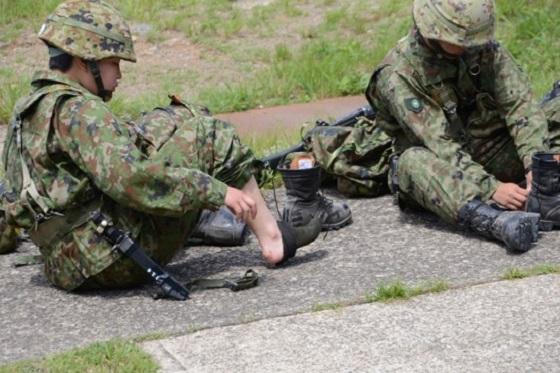 """「靴下には金をかけろ?!」""""陸上自衛隊で学んだ人生訓""""が素晴らしすぎる!!"""